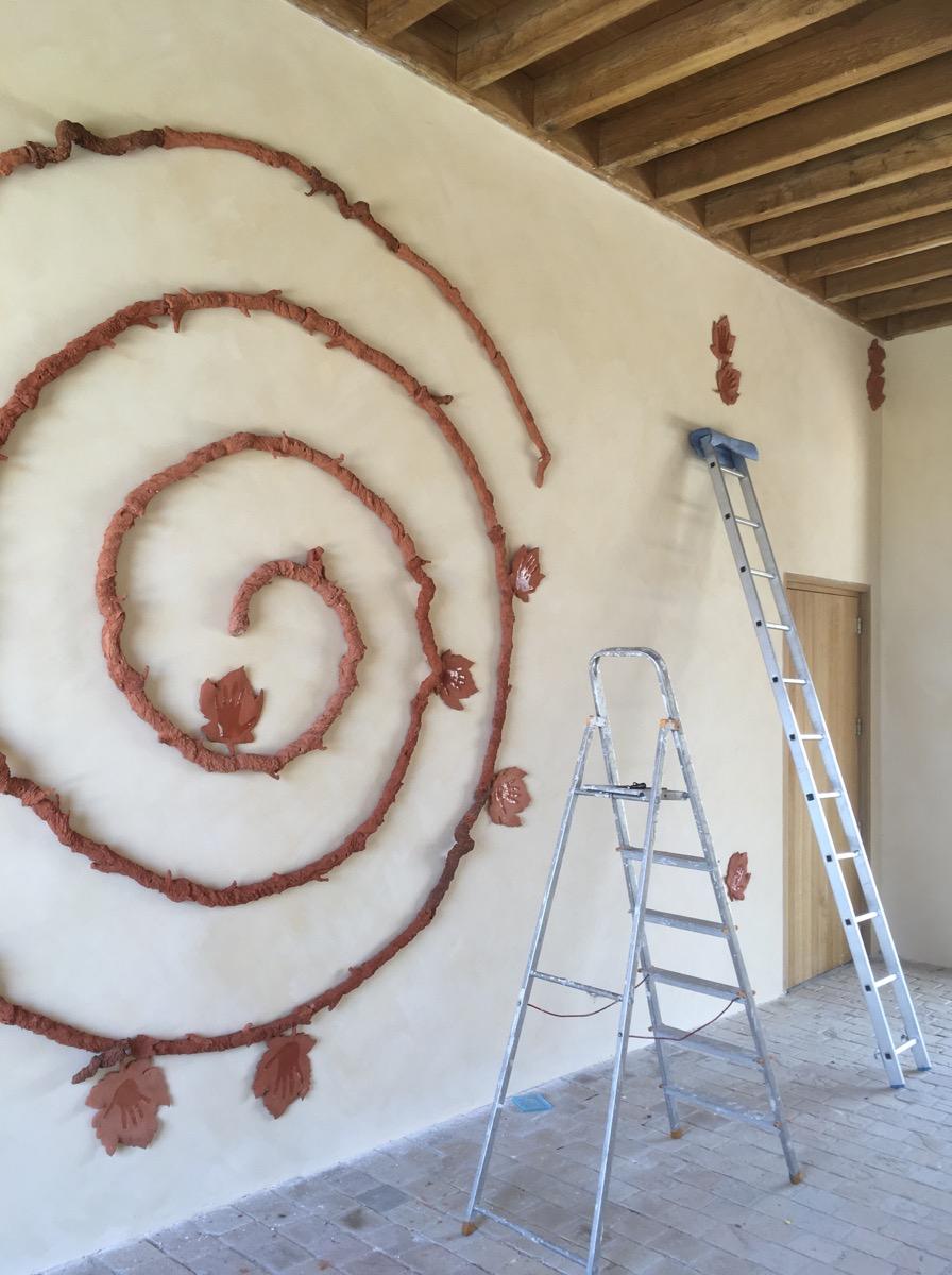 Spirale céramique façon cep de vigne, placement des éléments